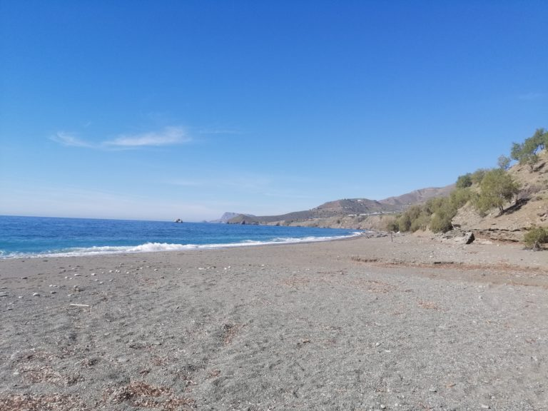 3 km long beach of Dyskos